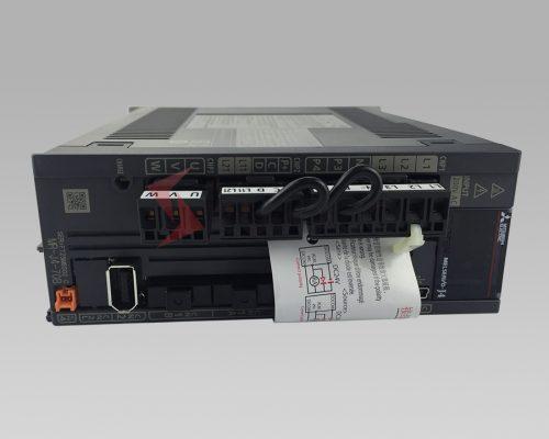 mr-j4-70b servo amplifier